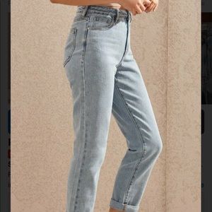 Pacsun Light Washed Mom Jeans